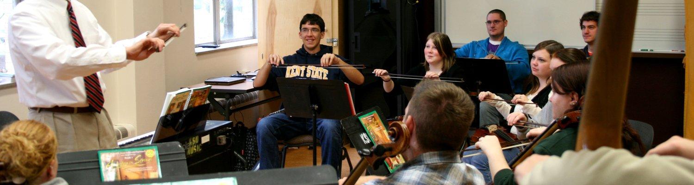 Craig Resta during a strings method class