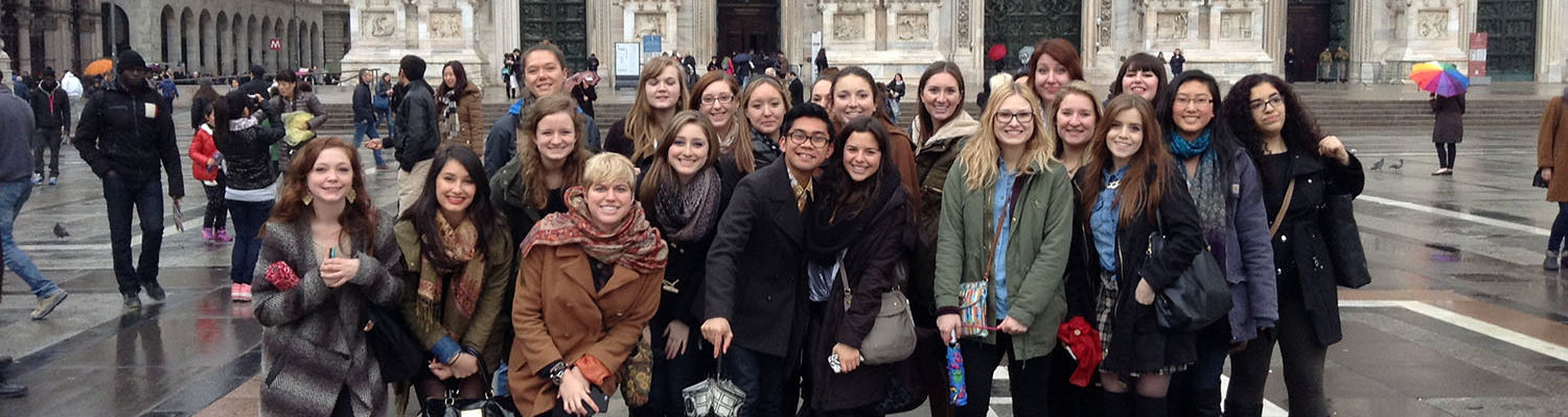 Students studying in Florence enjoy an excursion to Milan
