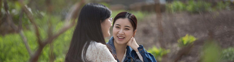 Kent Students enjoy campus