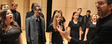 Scott MacPherson and the Kent State University Chorale at a dress rehearsal