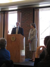 Interim Dean Donald Palmer presents Jean Druesedow with the Distinguished Honors Faculty Award.