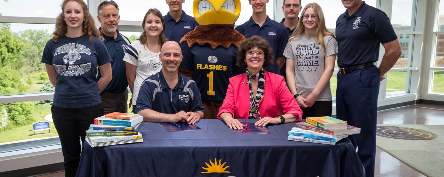 On Thursday, May 28, Kent State Stark Dean Denise Seachrist and Fairless Local Schools Superintendent Broc Bidlack signed a College Credit Plus agreement.