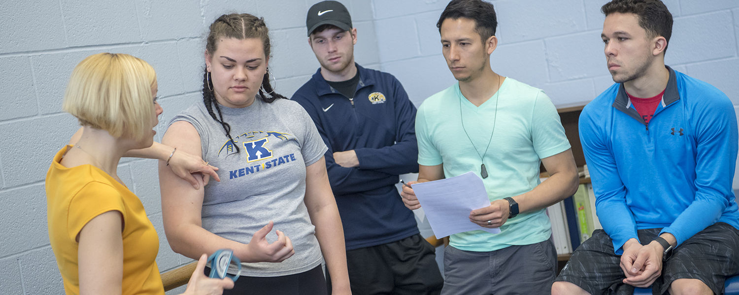 Athletic Training Students in the Lab