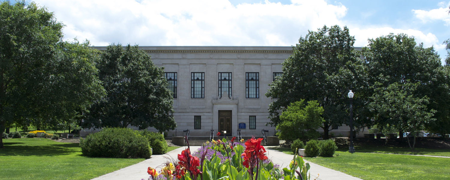 The Kent State University Museum on a bright summer day.