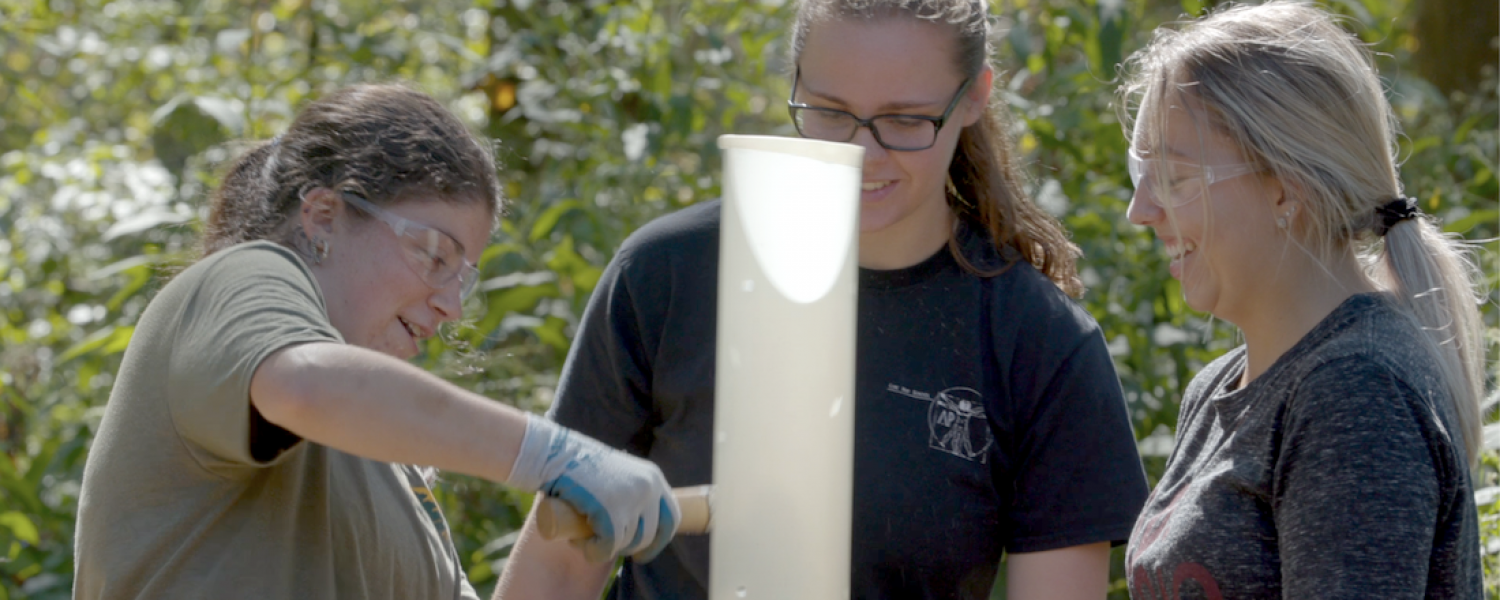 Students working in the Cuyahoga valley national park