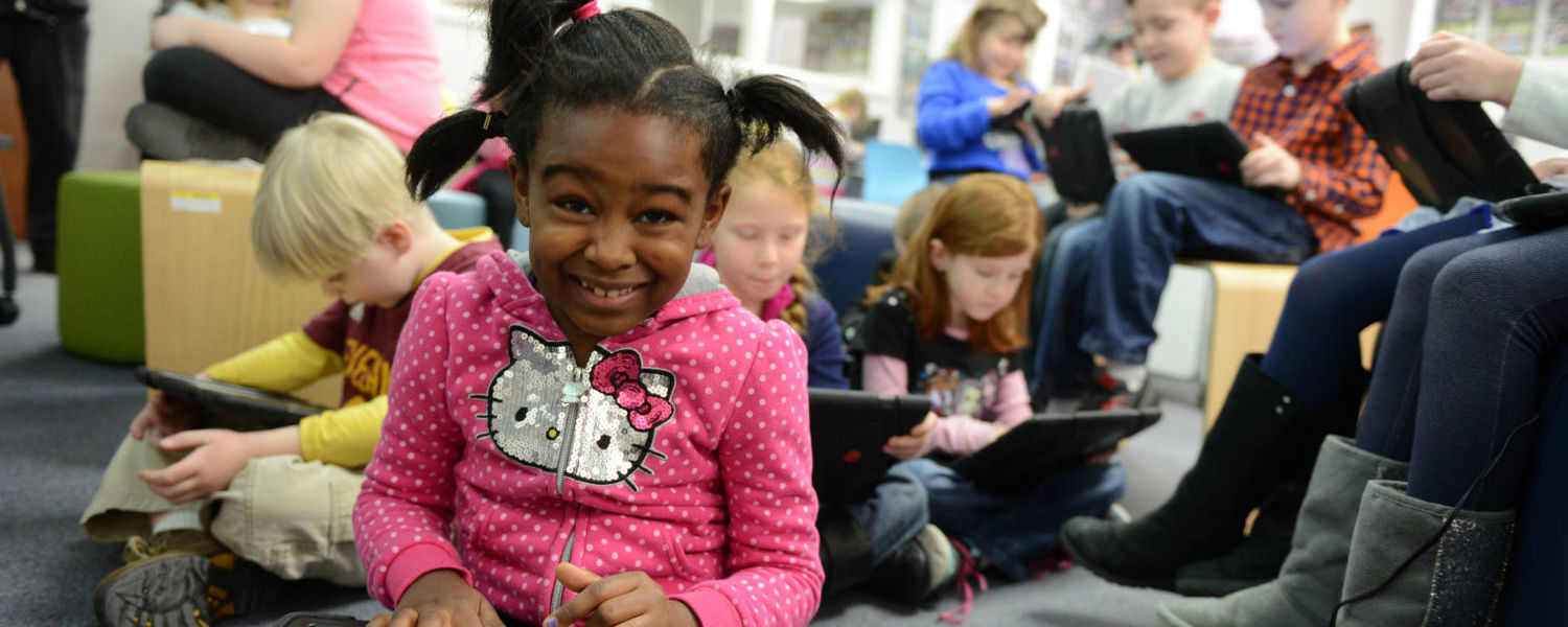 Children in the AT&T Classroom - RCET