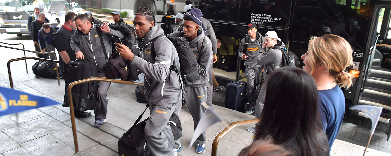 Mens Basketball Team arrives at their hotel in Sacramento for NCAA Tournament