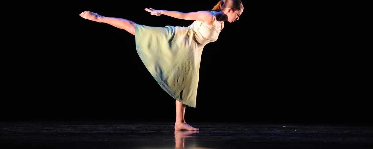 """Nina Price performs Garth Fagan's """"Two Pieces of One: Green"""""""