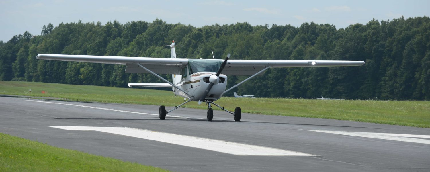 Photo of an airplane at the Kent State University Airport