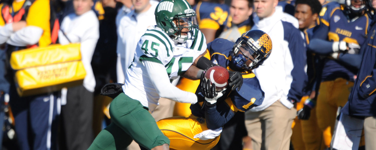 Kent State running back Dri Archer catches a disputed pass during Kent State's 28-6 victory over Ohio University.