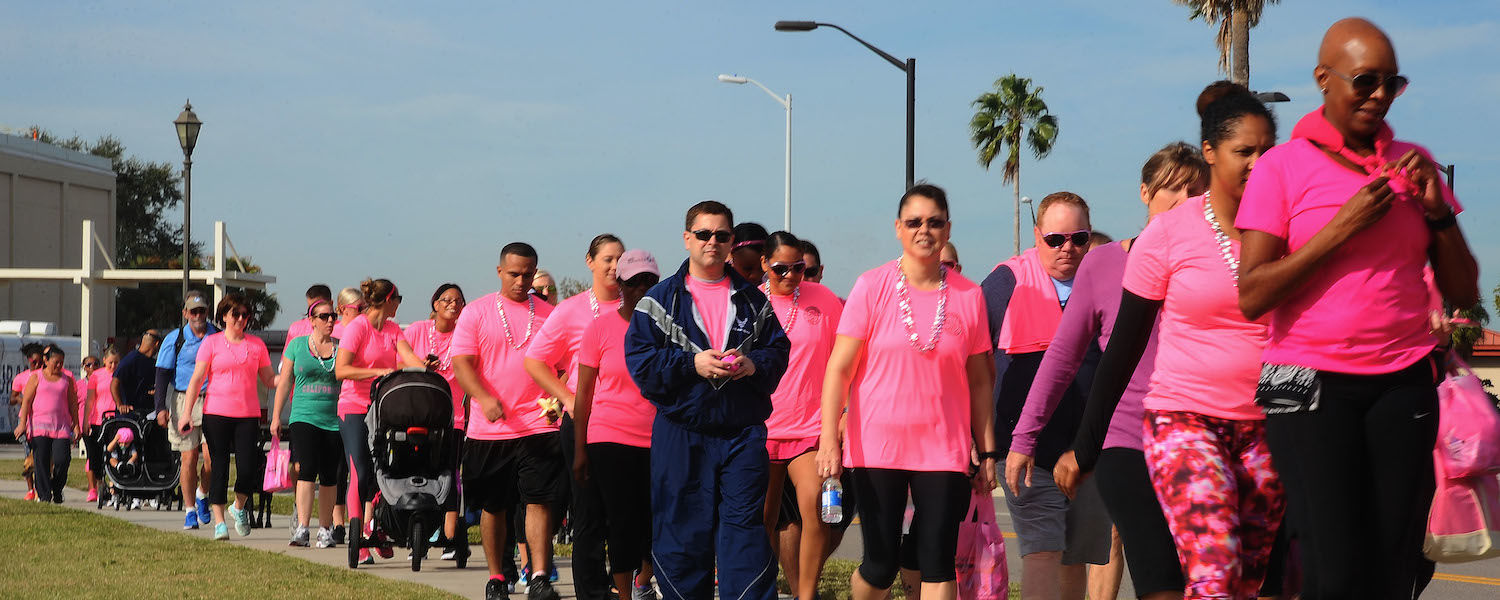 Free stock image of a Breast Cancer Awareness walk