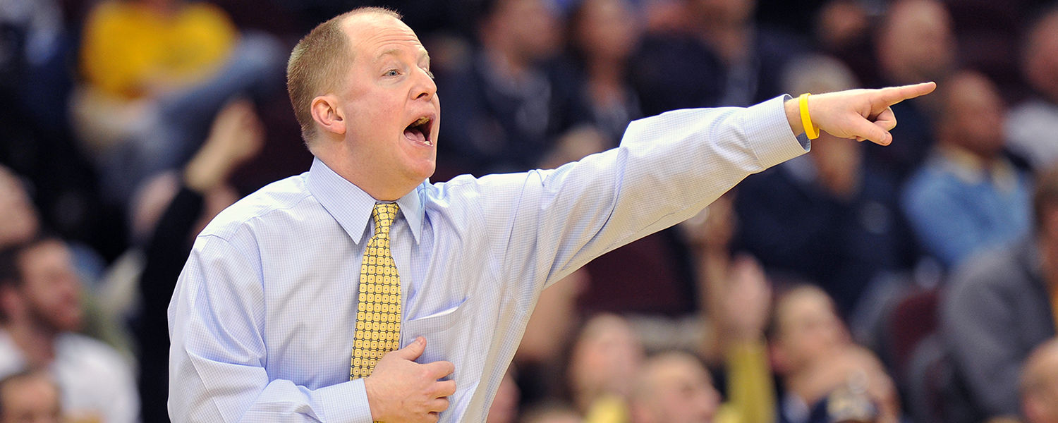 Kent State head men's basketball coach Rob Senderoff calls out a play during the 2012 MAC Tournament.