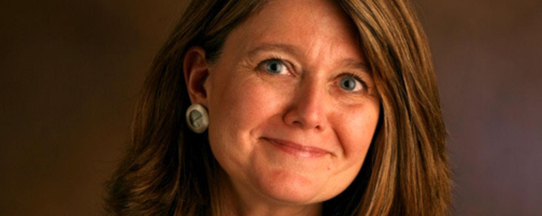 Connie Schultz Headshot