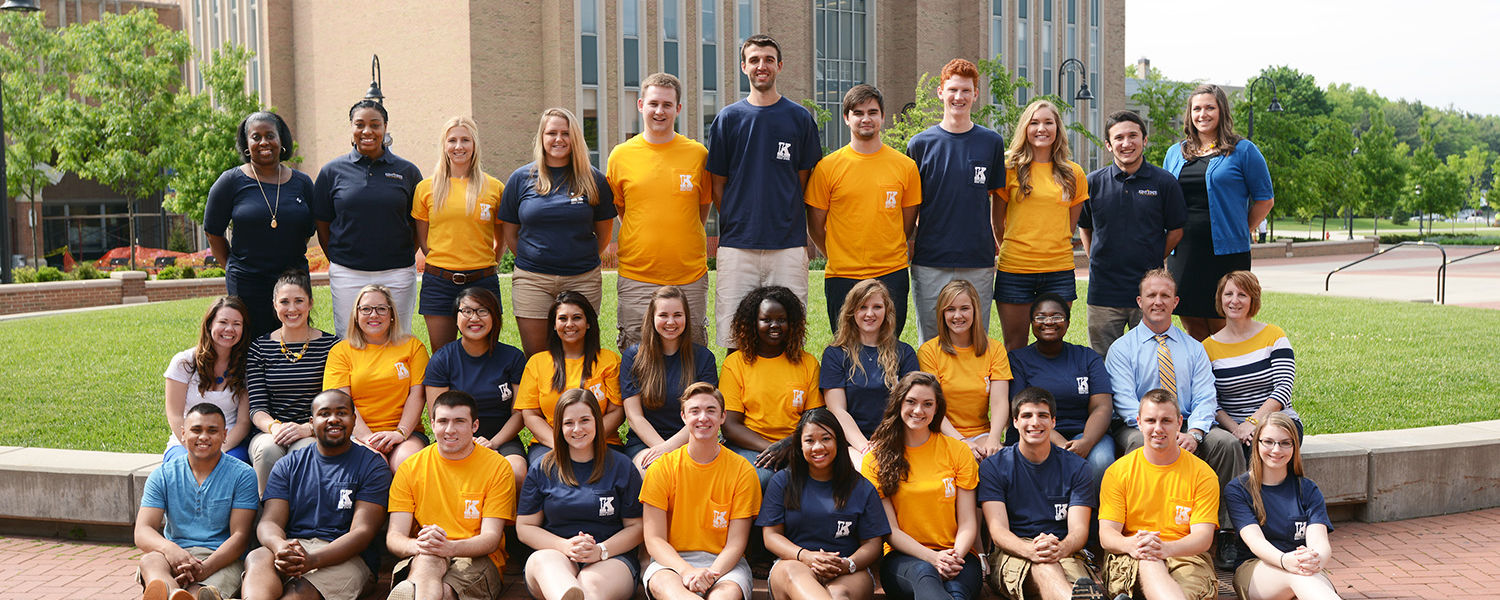 The 2014 Flashguides, mentors to new students during the Destination Kent State advising and registration program, and Kent State staff gather for a group photo in Risman Plaza.
