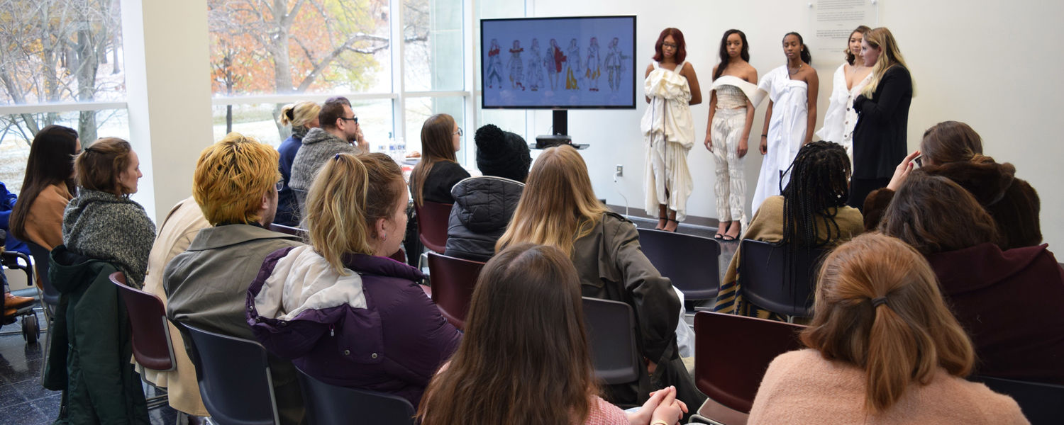 Student presenting during 2018 BFA Muslin Critiques