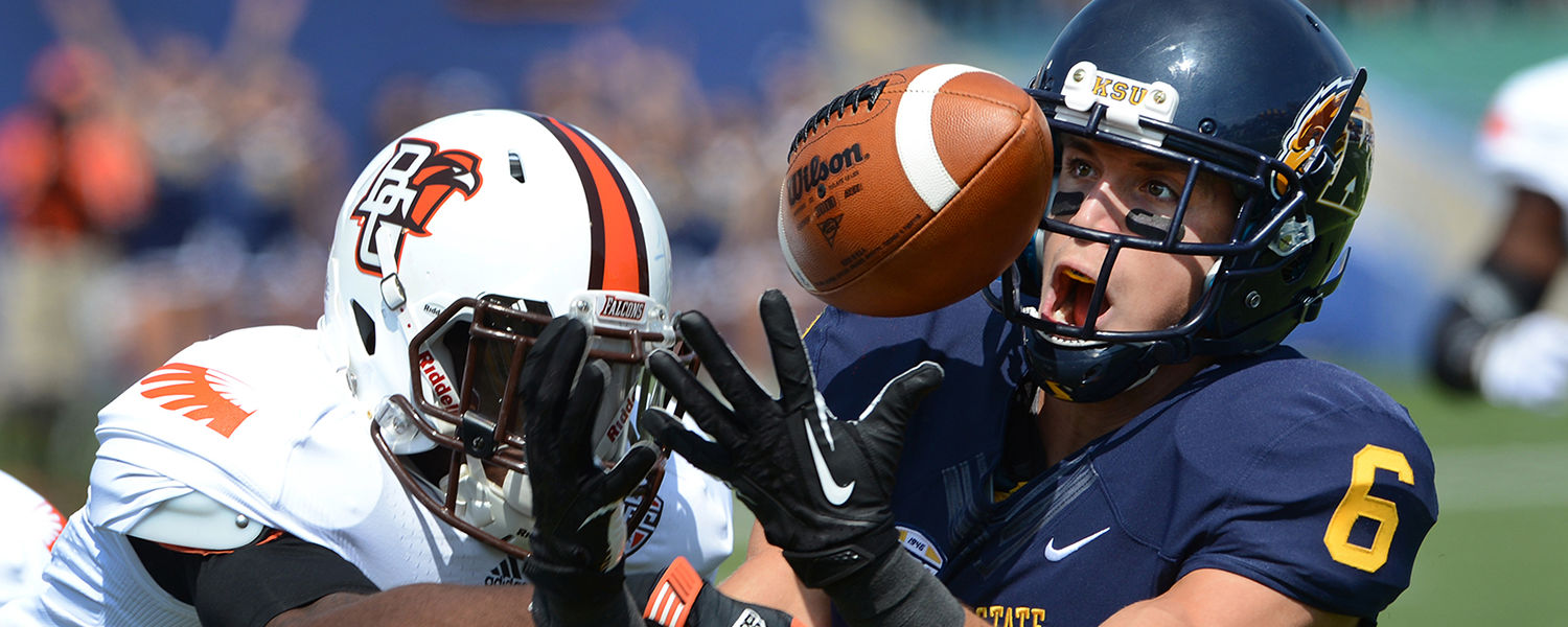Kent State wide receiver Chris Humphrey hauls in a touchdown pass during a game at Dix Stadium.