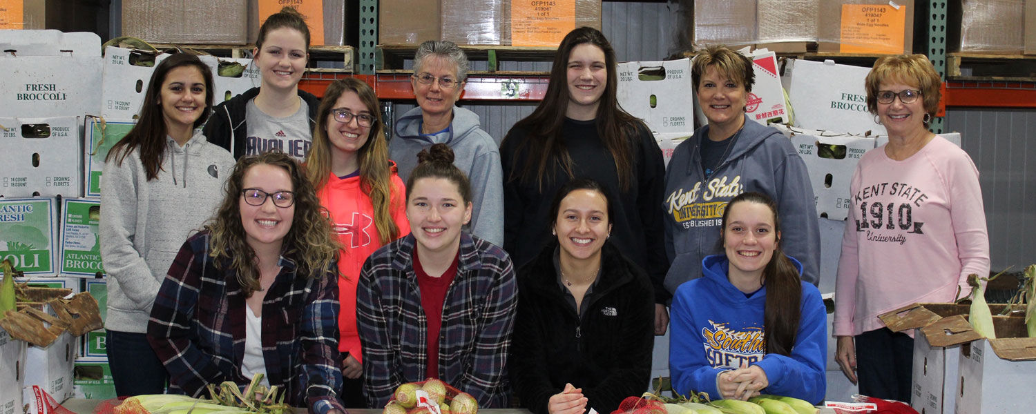 Students and faculty who bagged corn for the Second Harvest Food Bank 2019