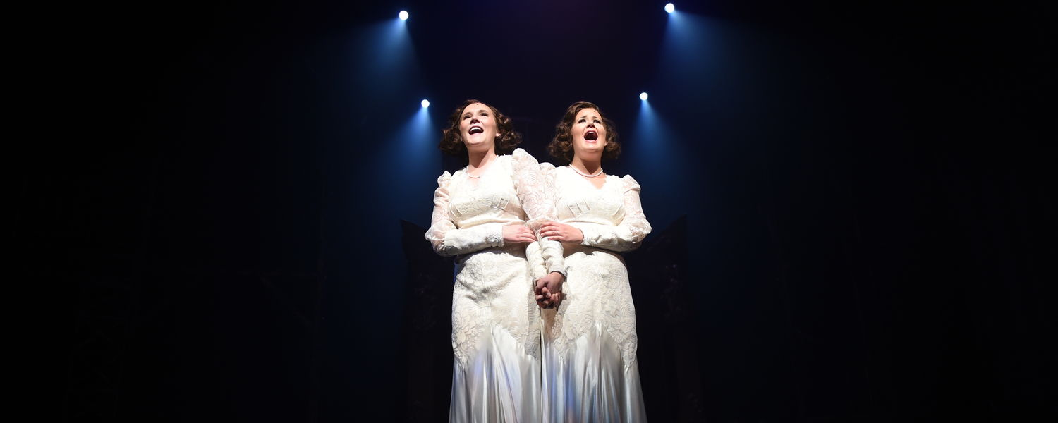 """Musical Theatre students portray Daisy and Violet Hilton in """"Side Show"""" (Photo by Matt Unger)"""