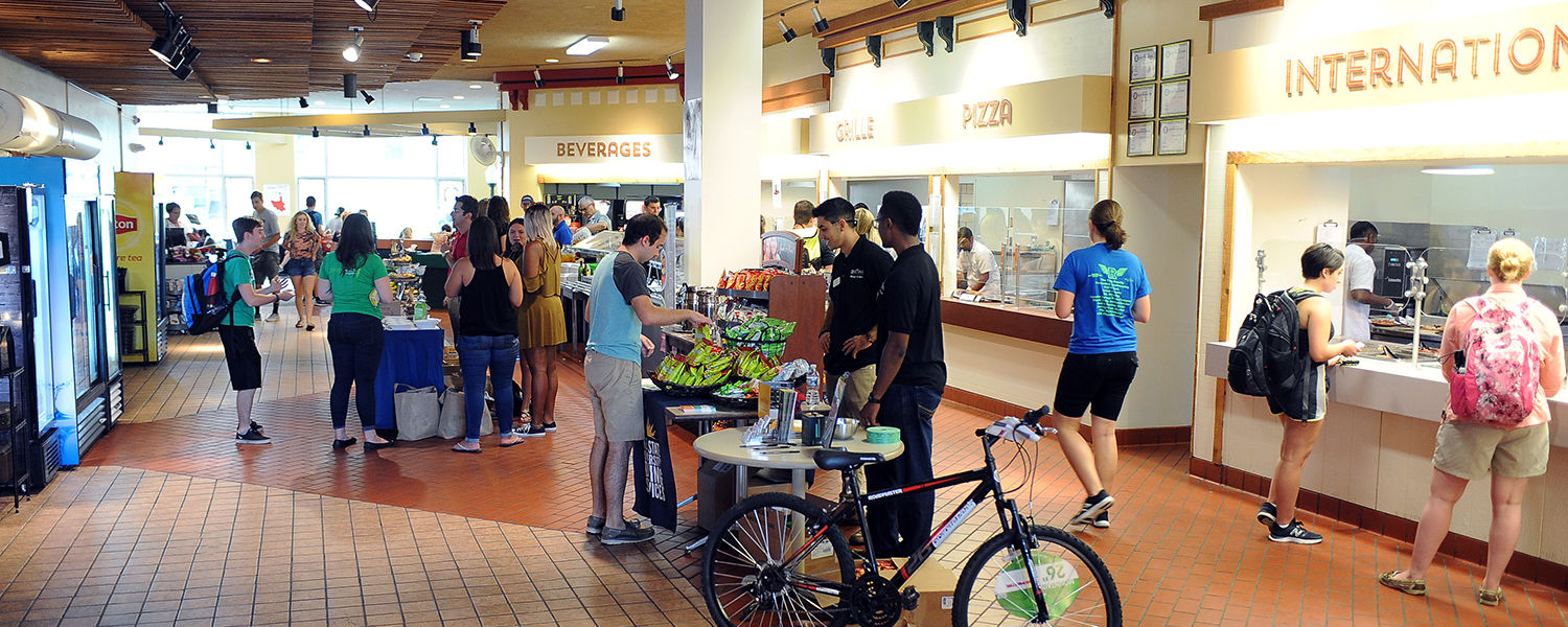 Students gather in the Prentice Hall Café, Kent State University's gluten free dining hall.