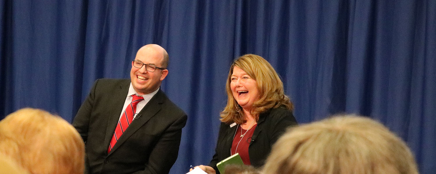 Brian Stelter and Connie Schultz Laugh