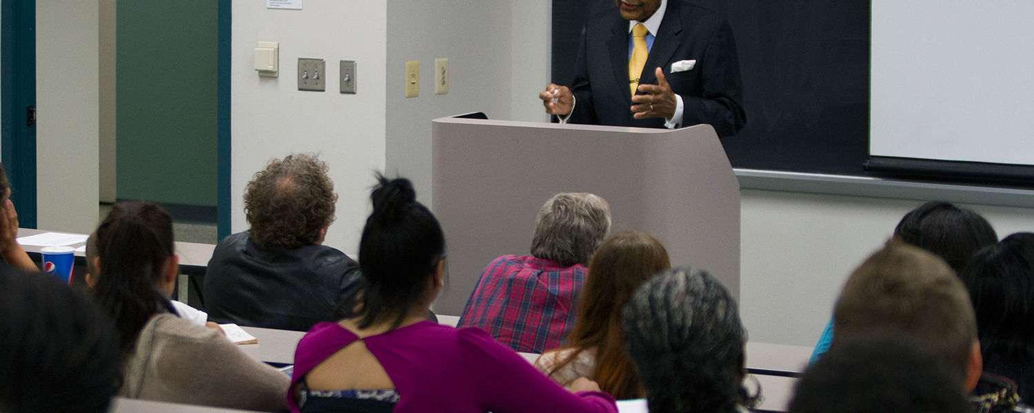 Former U.S. Rep. Louis Stokes addresses a group of Kent State students during a lecture in Merrill Hall in September 2014.