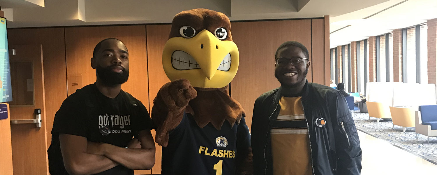 Transfer students pose with Flash during National Transfer Student Week