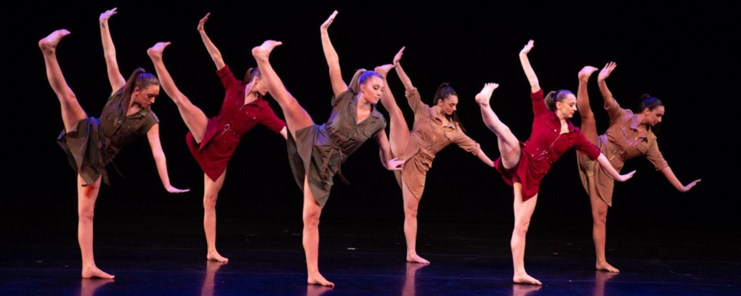 Kent State Dance students perform