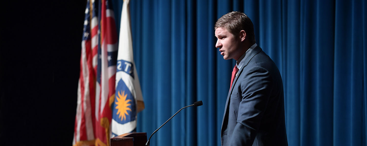"""Kevin Lacz, a decorated former U.S. Navy SEAL, author ofThe New York Timesbest-selling memoir """"The Last Punisher"""" and co-star of the blockbuster movie """"American Sniper,"""" speaks during Kent State's annual Veterans Day observance."""