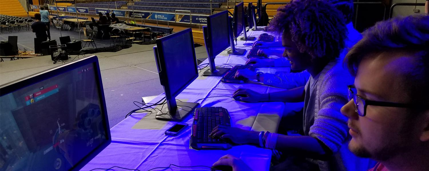 Kent State's eSports Varsity Team Competes in a Tournament
