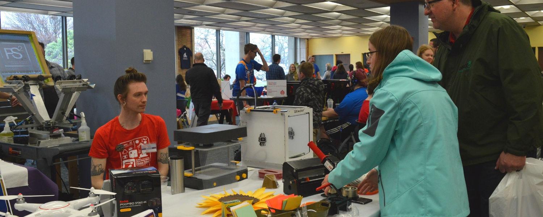 Kent State Mini-Maker Faire 2019 participants made buttons