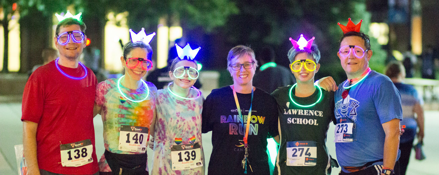 groups of runners with glow items