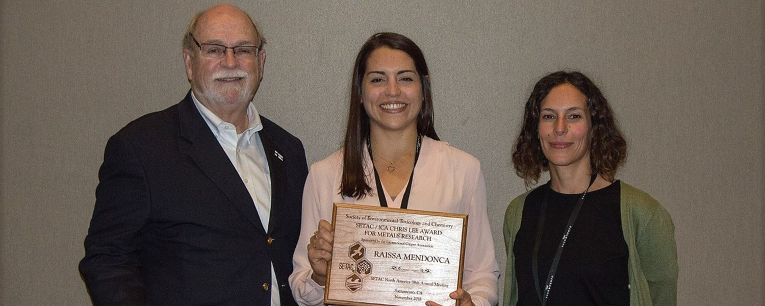 Raissa Mendonca (center) receives the Society of Environmental Toxicology and Chemistry (SETAC) Chris Lee Award for Metals Research at the SETAC North America Meeting. She is pictured with Robert Dwyer (left) and Louise Assem (right).