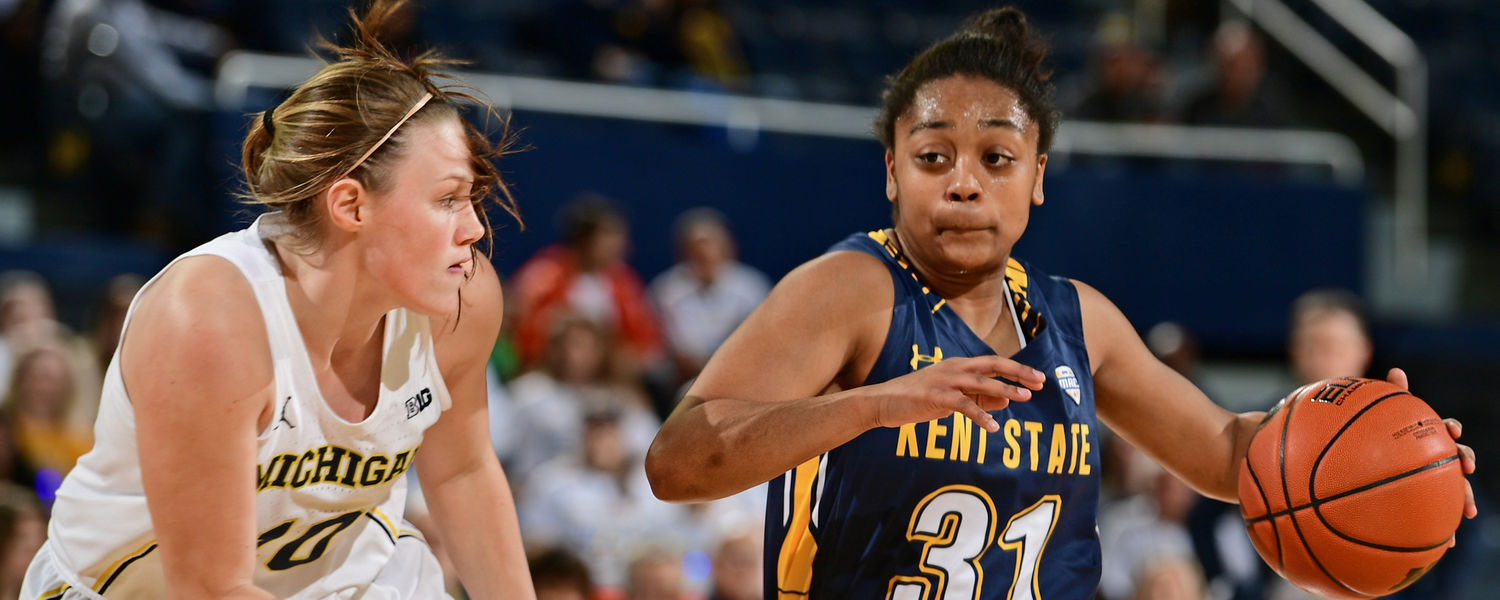 Kent State guard Megan Carter drives in Kent State's WNIT first-round game at Michigan on March 16.
