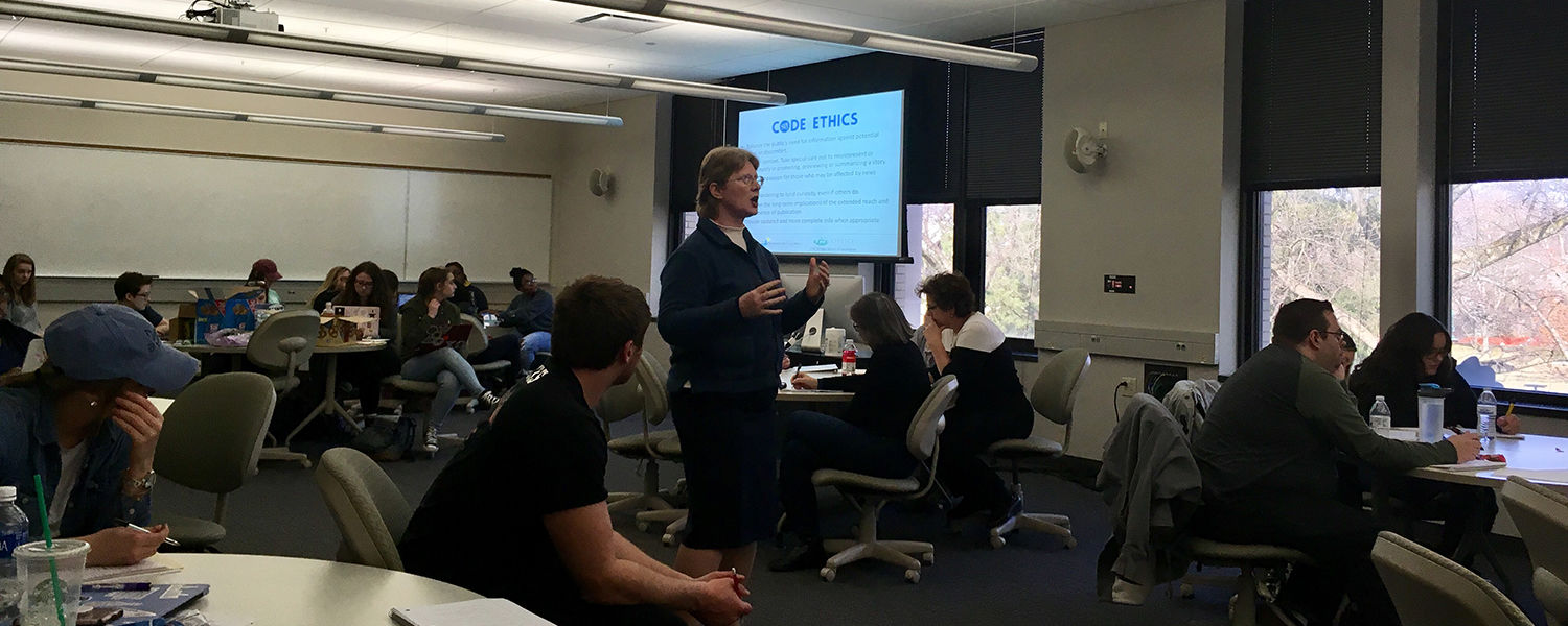Nerissa Young presents at suicide workshop