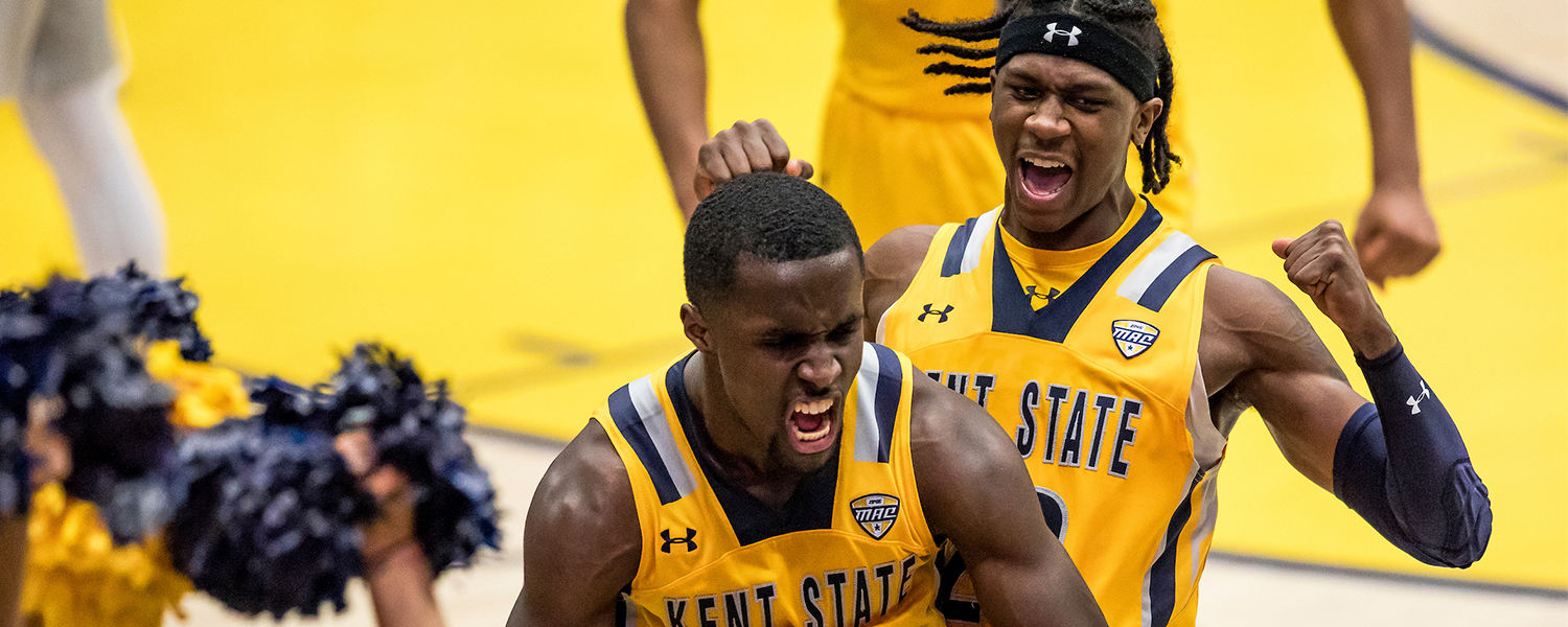 Two Kent State Men's Basketball players on the court