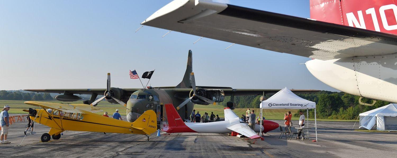 photo 2016 Aero Fair multiple aircraft on display