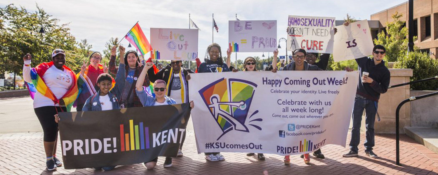 Kent State students of PRIDE! Kent gather on Risman Plaza. The student organization celebrated its 45th anniversary. (Photo credit: Corey Grau)