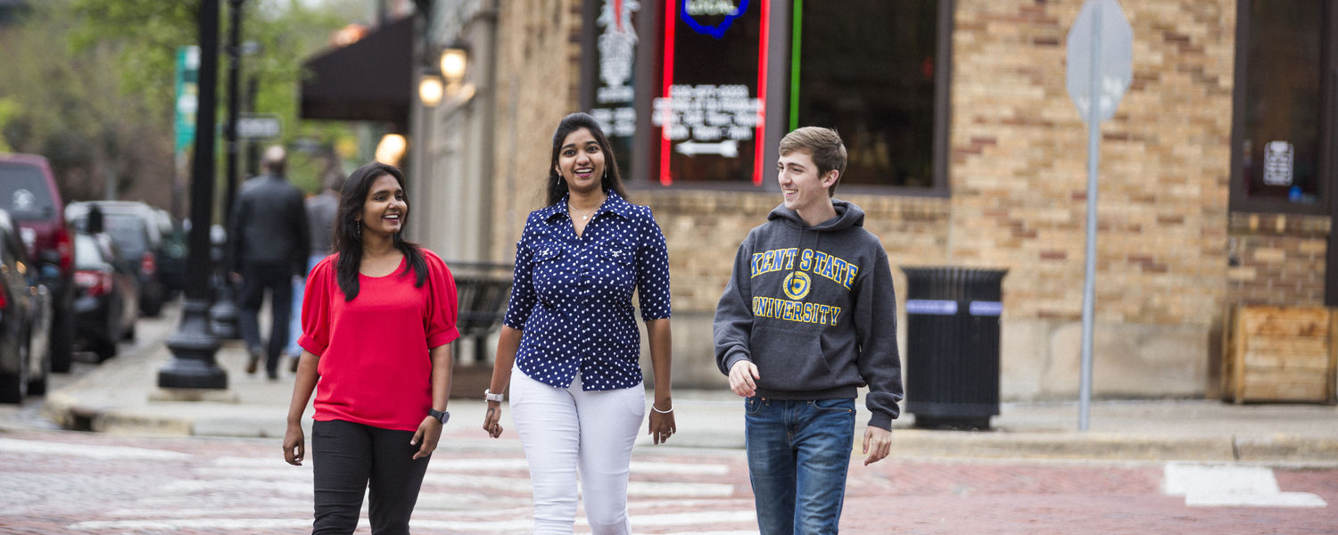 Students walking in Downtown Kent