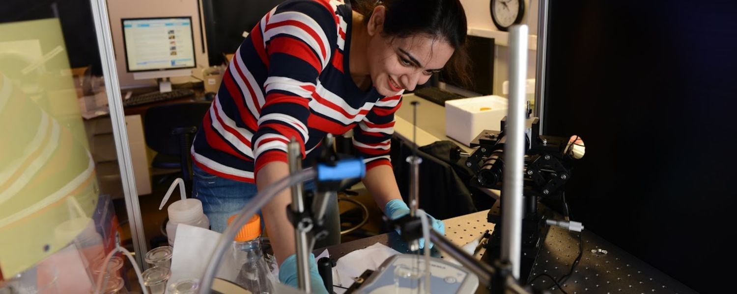 Mona Mirheydari, a graduate student of Dr. Mann and Dr. Kooijman, working with a liquid droplet tensiometer.