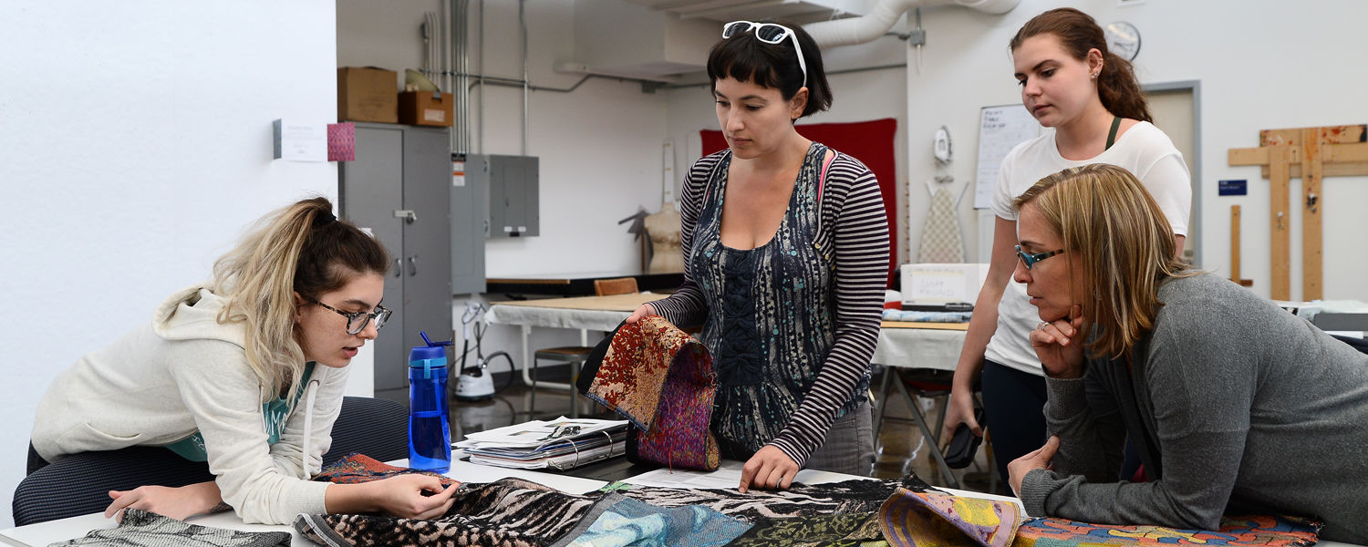 Careers in Visual Art - Students discuss weaving structures at Kent Blossom Art