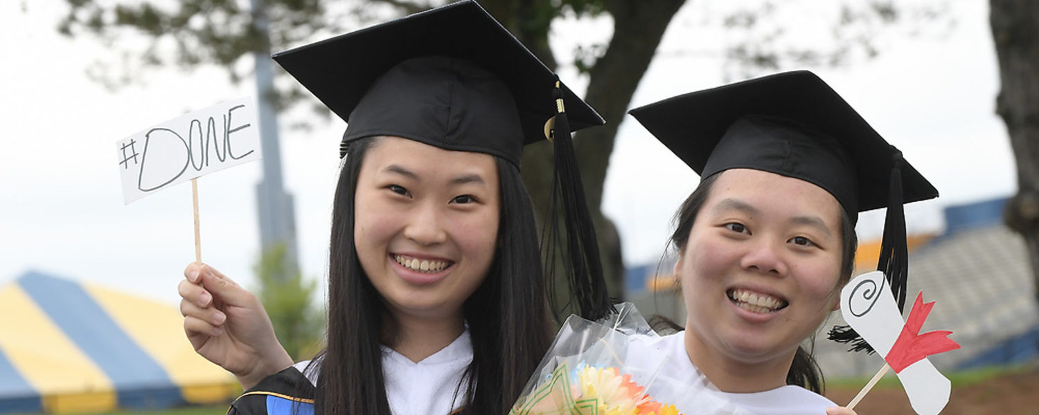 Kent Students Celebrate Graduation