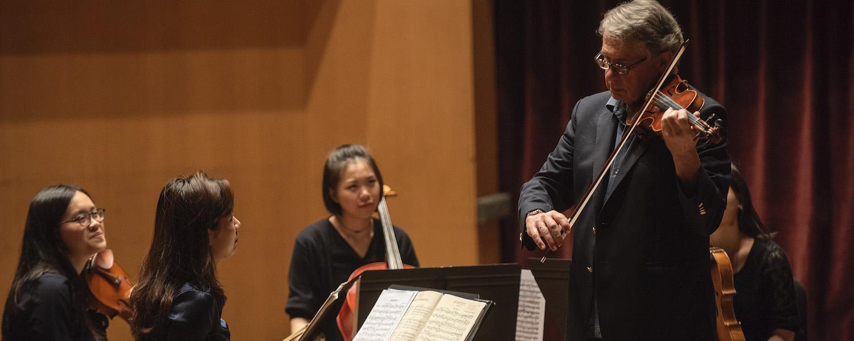 1969 KBMF Alumus Philip Setzer Teaches Masterclass in Ludwig Recital Hall