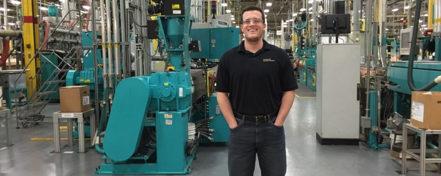 Student Intern working at Parker Parflex