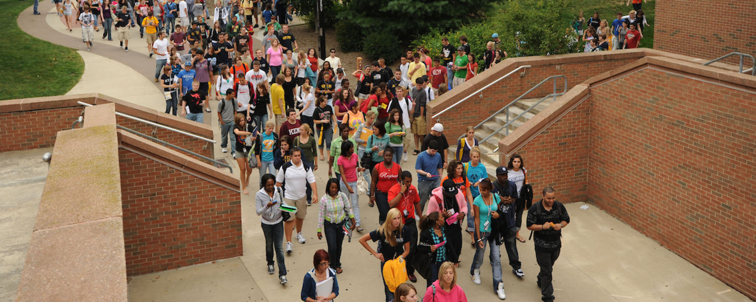 Students walking to and from Student Center