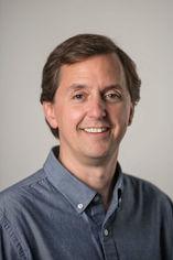 Headshot of Scott Hallgren