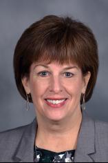 Kathy Bergh Headshot