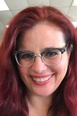 Rebecca Elder headshot