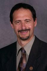 Dan Tonelli Headshot