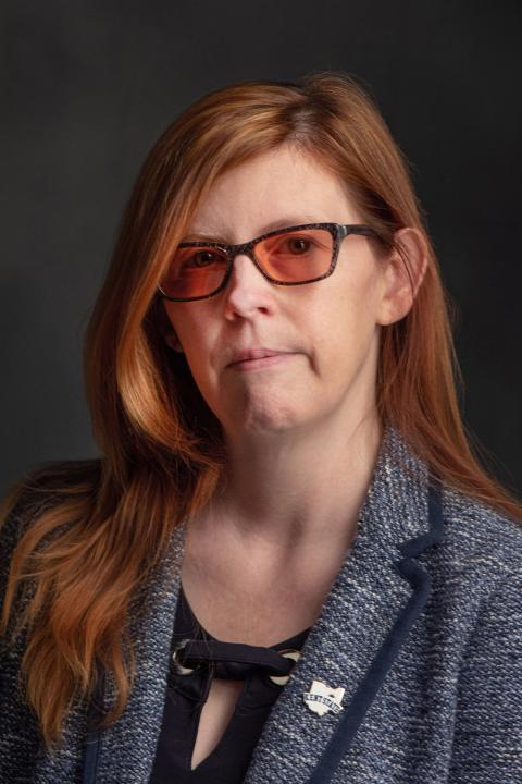 Alicia Crowe Headshot