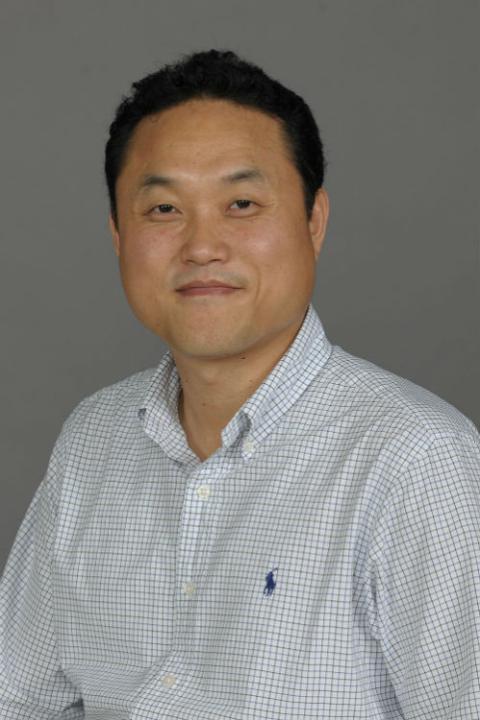 photo of Dr. Jong-Hoon Kim